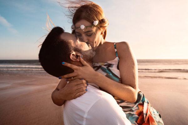 couple-beach-tulum